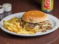 Promoción - Sándwich Messi + Papas fritas + Bebida en lata 350 ml