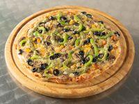 Pizza primavera vegetariana familiar