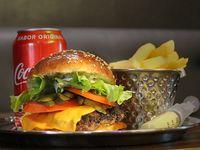 Promo - Fucking burger + fries+ refresco lata 355 ml