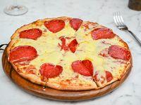 Pizzeta para 2 con muzzarella y peperoni