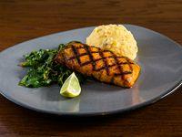 Grilled salmón