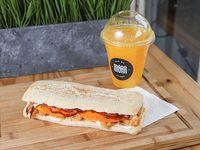 Promo - Sándwich a elección + Jugo de naranja