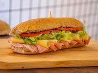 Sándwich ahumado