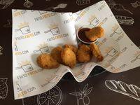 Nuggets con salsa a elección (8 unidades)
