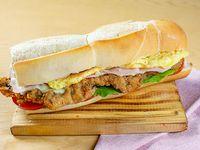 Sándwich de milanesa súper completo