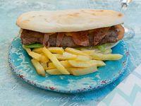 Combo - Lomito Bacon + papas fritas + gaseosa