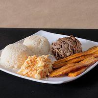 Almuerzo Carne Mechada