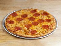 Pizza Estofada Mediana Carnívora Pepperoni