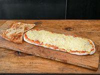 Promo - Pizza con mozzarella (1/2 metro) + 2 porciones de fainá