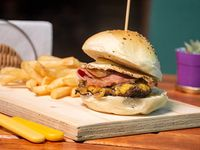 Promo - Burger Don Juan + papas