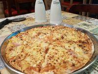 Combo Pizza Mediana Tradicional