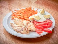 Menú del día - Filete de pollo + Guarnición + Postre
