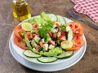 Ensalada griega con pollo