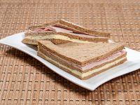 Sándwich pan negro mixto - grande