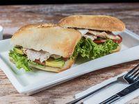Sándwich de pollo (2 unidades)