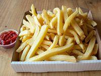 Caja grande de papas fritas 1.25 k (5 a 7 personas) + salsa básica