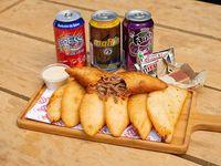 Combo empanadas trío - 7 empanadas + 3 bebidas + 3 dulces