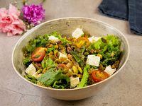 Quinoa classic salad