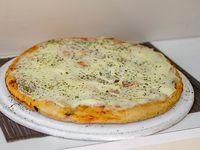 Promo - Pizza muzzarella + bebida 1.5 L