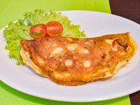 Omelette capresse con acompañamiento