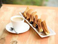 Combos - café con leche + 6 churros rellenos