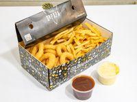 Caja Miti-Miti Individual - Aros de cebolla con papas + 2 salsas