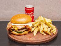 Combo - Hamburguesa triple pigtamer + papas fritas + lata de Coca Cola 220 ml