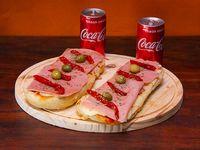 Promo - 2 pizzetas de jamón y morrones + 2 bebidas Coca Cola en lata 220 ml