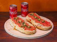 Promo - 2 pizzetas napolitanas + 2 bebidas Coca Cola en lata 220 ml