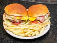 Promo - 2 hamburguesas completas + bebida Pepsi 2.15 L