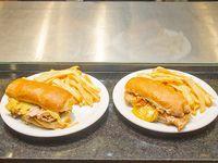 Promo - Sándwich de pechuga de pollo con bacon + sándwich de ojo de bife + 2 porciones de papas fritas