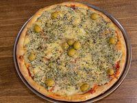 20- Pizza tres quesos