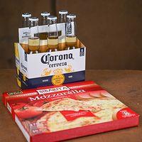 Corona 355 (6 unidades) + Pizza Sibarita 470 g con Mussa 8 porciones