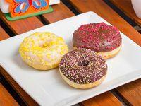 Promo - 3 Donuts + capuchino de vainilla