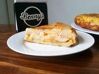 Tortilla de papa, jamón y queso