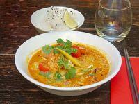 Món ca ri (pescado y frutos del mar)