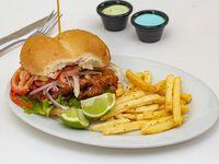 Sándwich de reineta a la chilena