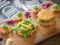 Combo Totoku 3 - Sushi burger Godzilla + susheta bambú + 4 mini sushetas kioto