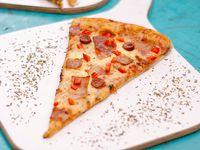 Porción de Pizza Individual + Bebida (Té o Limonada)