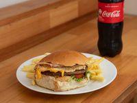 Combo 2 - Hamburguesa Completa + Fritas + Refresco 600 ml
