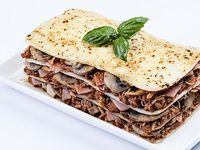 Lasagna Pollo, Jamón y Champiñones en Salsa Bolognesa
