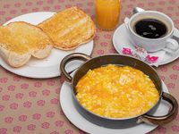 Desayuno - Paila de huevos + café o té 150 ml