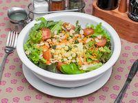 Ensalada vegana de hummus