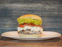 Sandwich Lomito Mayo