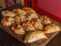Promo - Docena de empanadas surtidas