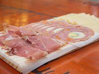 Promo - 100 g de matambre + 100 g de queso Verónica + 100 g de jamón crudo Los Calvos