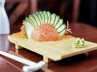 Sashimi de salmón (4 cortes)