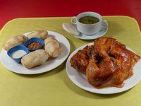 Promoción - Pollo asado entero + papas cocidas (4 unidades) + consomé + ají y salsas