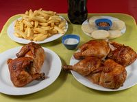 Promoción para 6 - 1 1/2 pollo asado + papas fritas grandes + agregado + bebida 1.5 L
