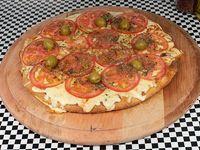 Pizza mediana 32 cm napolitana